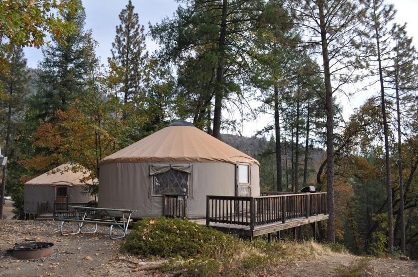 Yosemite Lakes Yurt